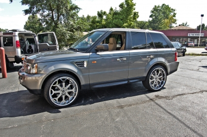 Range Rover Sport HSE Feature Image