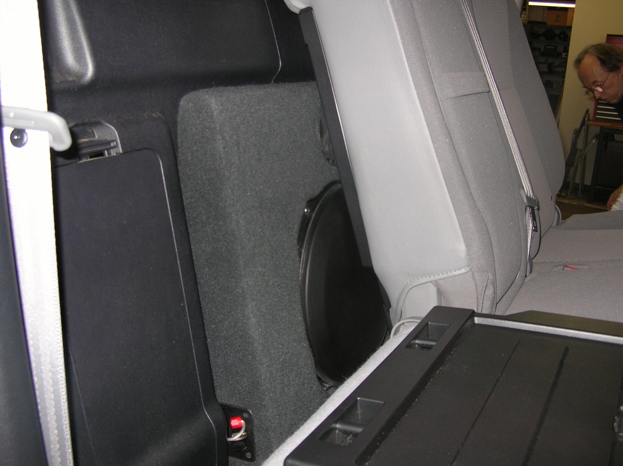 2008 Toyota Tundra Crewmax Build Santa Fe Auto Sound Vw Gti Fuse Box And Discription Jl Audoi 13tw5 Stealthboxes Stealthbox Behind Rear Seat