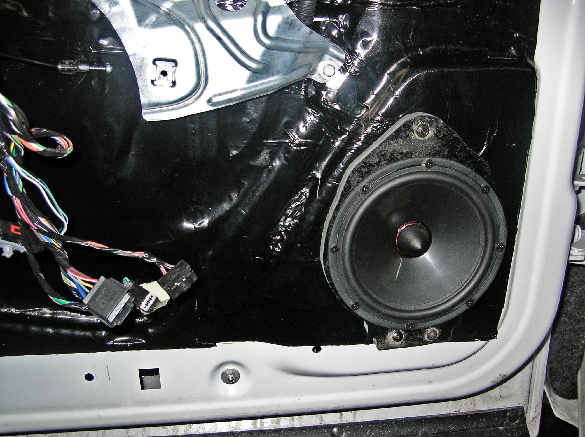 Chevrolet Silverado Santa Fe Auto Sound