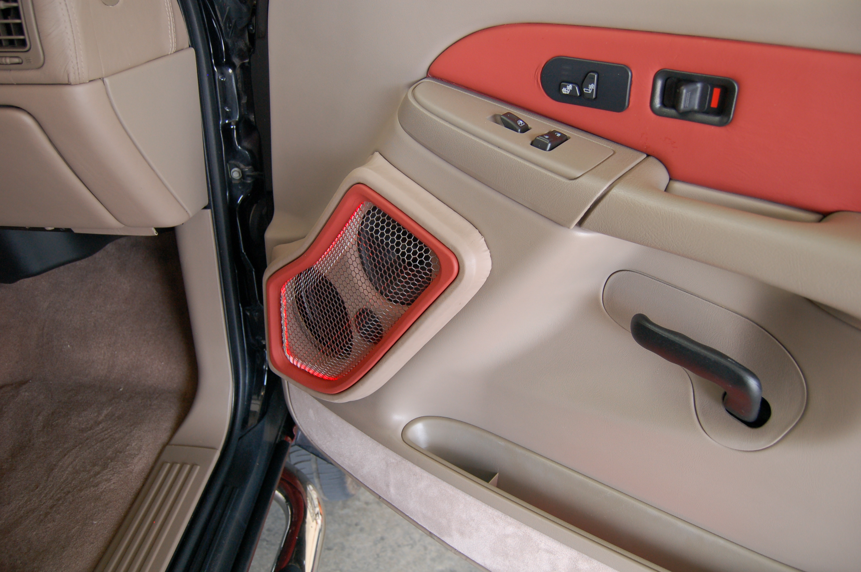 Chevrolet Tahoe Z71 Santa Fe Auto Sound
