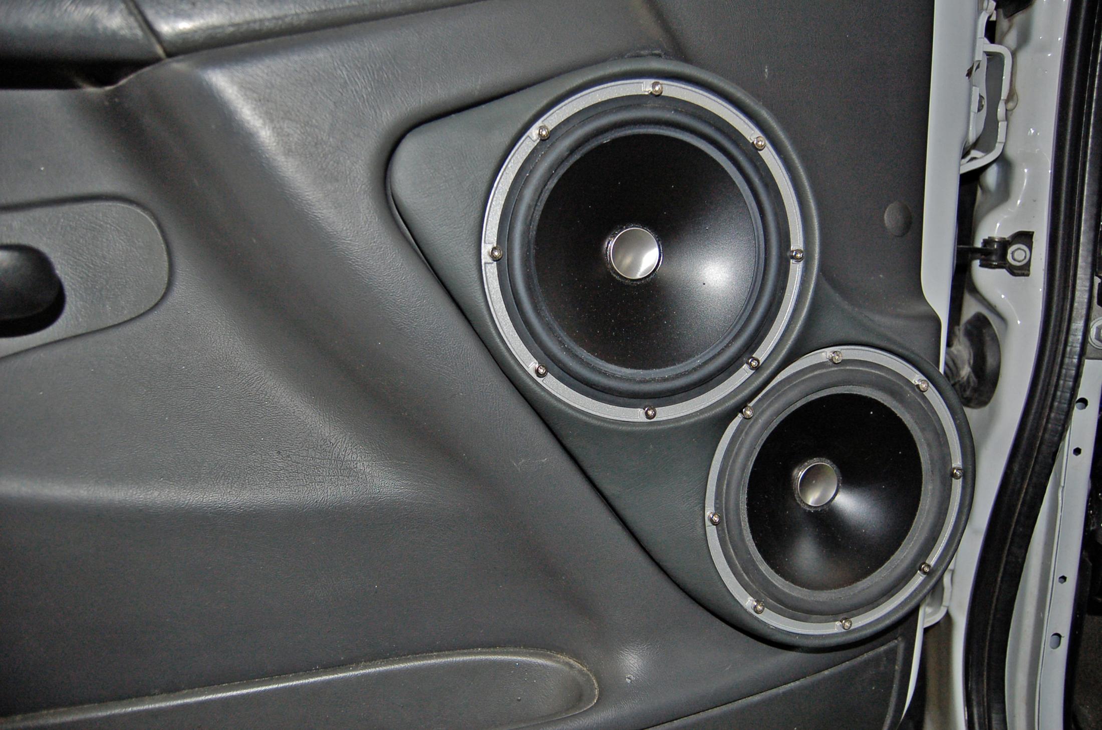 ... two jl audio zr650 speakers in gmc sierra door ... & GMC Sierra 2500HD | Santa Fe Auto Sound pezcame.com