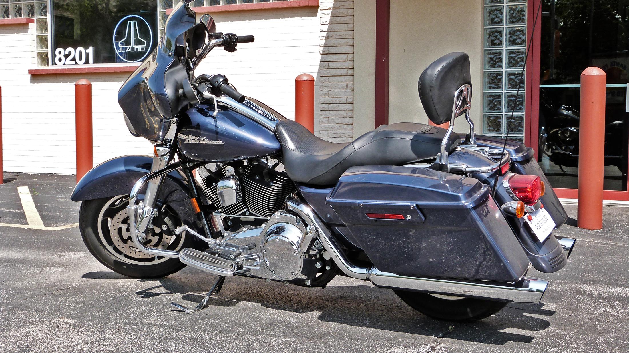 Harley Davidson Electra Glide Santa Fe Auto Sound